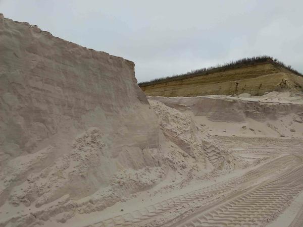 exploitation du front de sables.