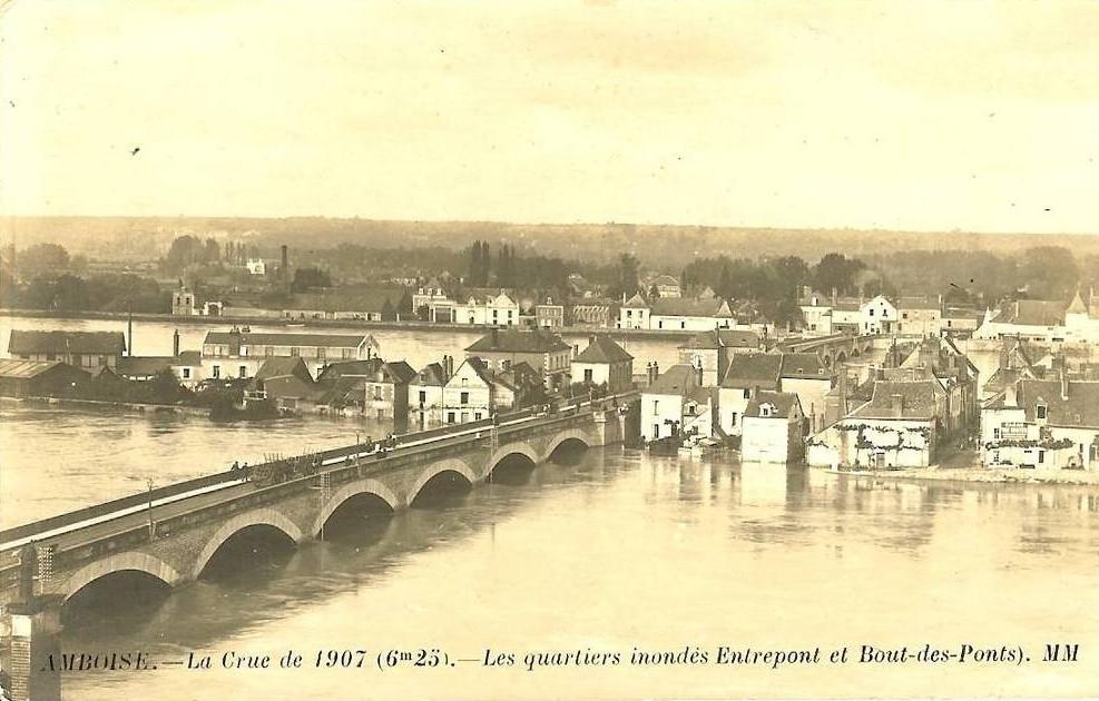 Une inondation spectaculaire de la Loire.